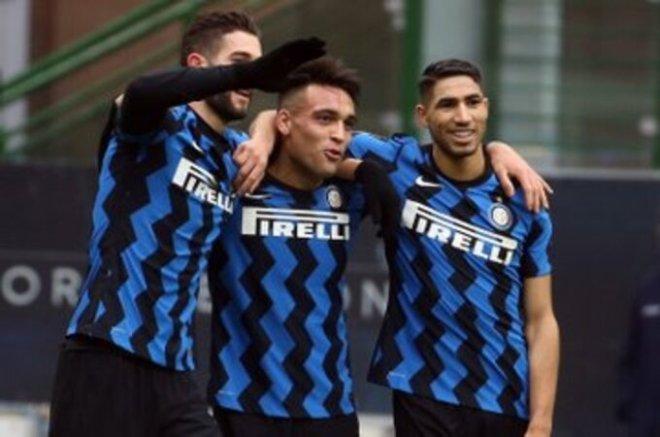 إنتر ميلان يصعد لـ صدارة ترتيب الدوري الإيطالي مؤقتًا