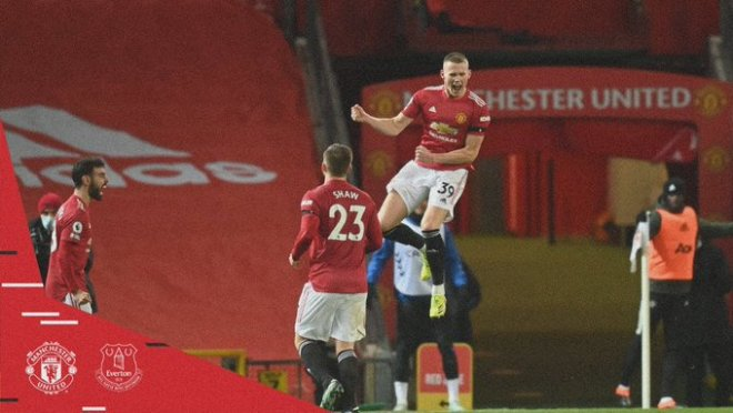غضب عارم بعد نهاية مباراة مان يونايتد ضد إيفرتون