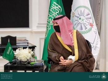 خالد بن سلمان يستعرض العلاقات الثنائية مع وزير خارجية بريطانيا - المواطن