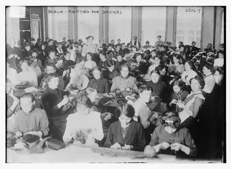 Women in Berlin knitting for soliders, 1914.