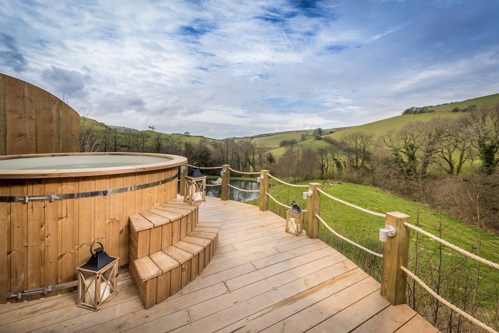 Glamping With Hot Tubs Best Uk Glamping Sites With Hot