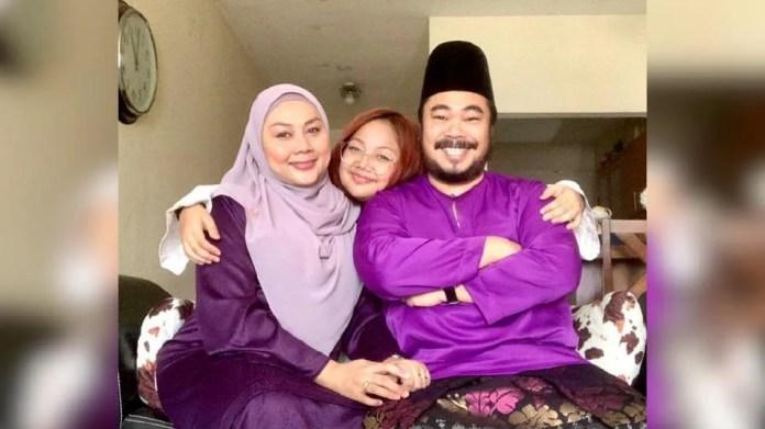 Acong Sweetchild bersama isteri, Marya Zuraida dan anaknya. - Foto IG Acong Sweetchild