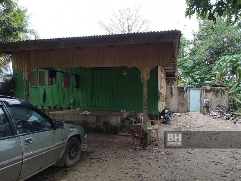 Lokasi kejadian seorang bapa membunuh bayi lelakinya berusia lapan bulan di Kampung Sungai Dua, Melawi, Bachok. ARKIB NSTP