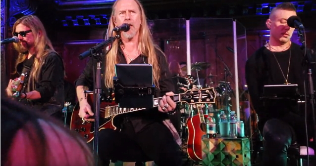 JERRY CANTRELL Joined By GREG PUCIATO, GIL SHARONE, JAMES LOMENZO At Los Angeles Concert (Video)