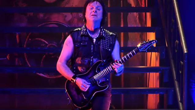 KING DIAMOND Guitarist ANDY LA ROCQUE Celebrates 57th Birthday Onstage In San Francisco (Video)