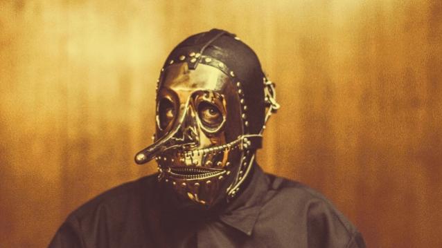 律師表示 滑結樂團 Slipknot 對待 Chris Fehn 就像二等公民