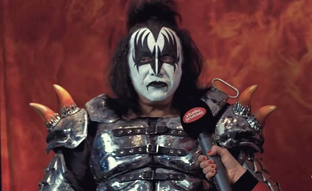 KISS's GENE SIMMONS: 'The Fans Are Killing New Bands'