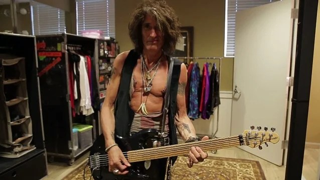 AEROSMITH's JOE PERRY Is Working On 'Mainly' Instrumental New Solo Album
