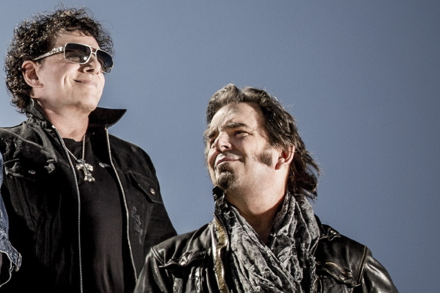 NEAL SCHON OF JOURNEY, JONATHAN CAIN y STEVE PERRY entre los nominados para SONGWRITERS HALL OF FAME