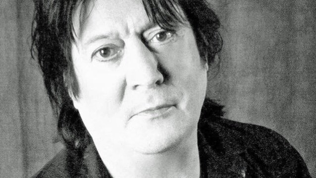 Former UFO Bassist PETE WAY Suffers Heart Attack