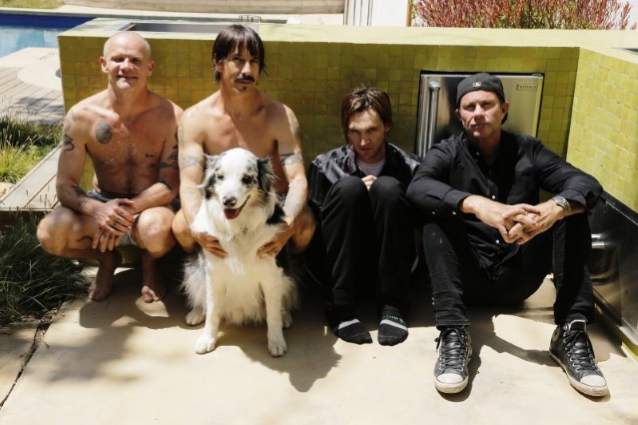 RED HOT CHILI PEPPERS Part Ways With Guitarist JOSH KLINGHOFFER, Welcome Back JOHN FRUSCIANTE