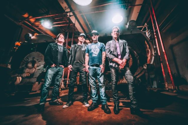 RIVERDOGS Feat. VIVIAN CAMPBELL: 'California' Album Due In July