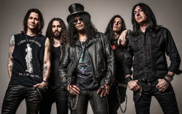 SLASH Announces 'World On Fire' Fall North American Tour