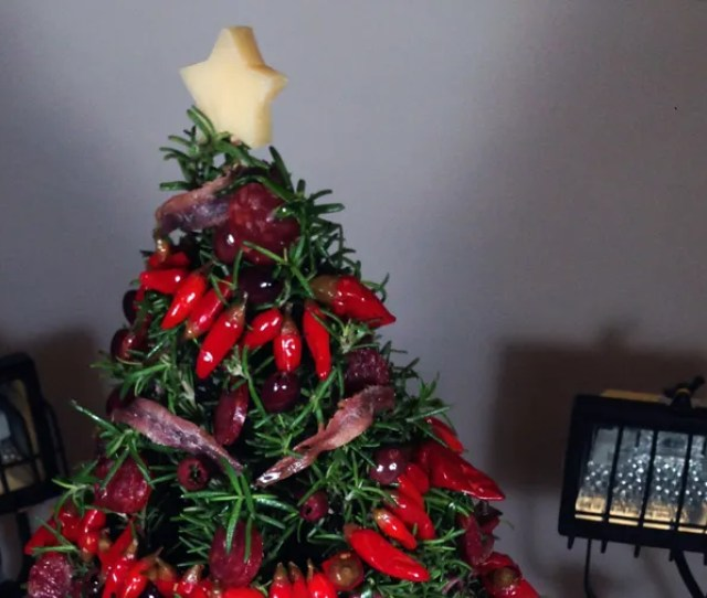 This Savory Stunner Of A Christmas Tree Is Completely Edible Bon Appetit