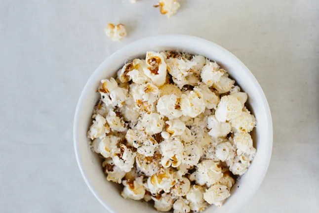 perfect popcorn without a microwave