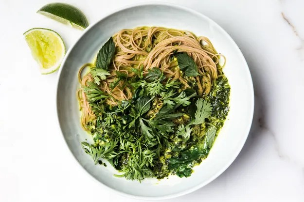 green-curry-with-brown-rice-noodles-and-swiss-chard