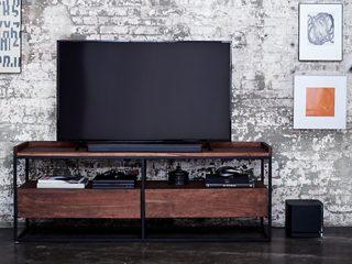 Bose Soundbar 500 with a TV and the Bose Bass Module 500