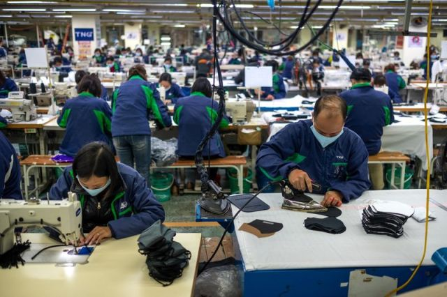 Vietnam Steps Up Production On Face Masks During The Coronavirus Outbreak