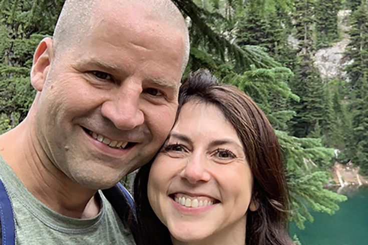 Billionaire MacKenzie Scott Marries Seattle Science Teacher - Bloomberg