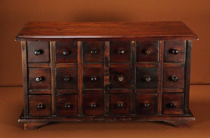 beau meuble en bois exotique 18