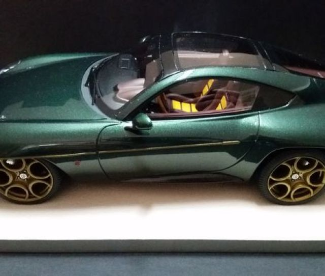 Tecnomodel Mythos Scale   Alfa Romeo Discovolante Carrozzeria Touring Superleggera Metallic