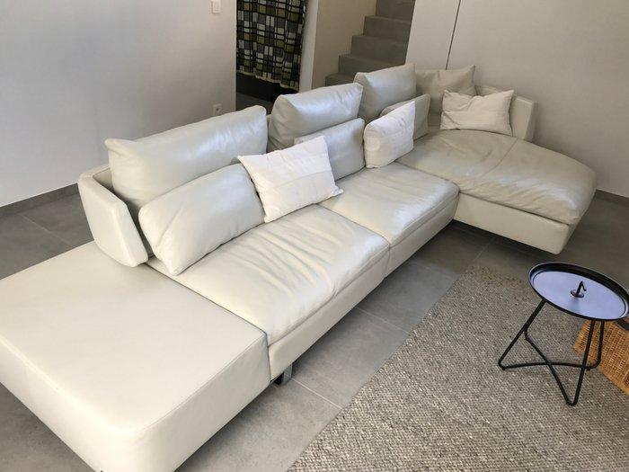 natuzzi model opus white leather