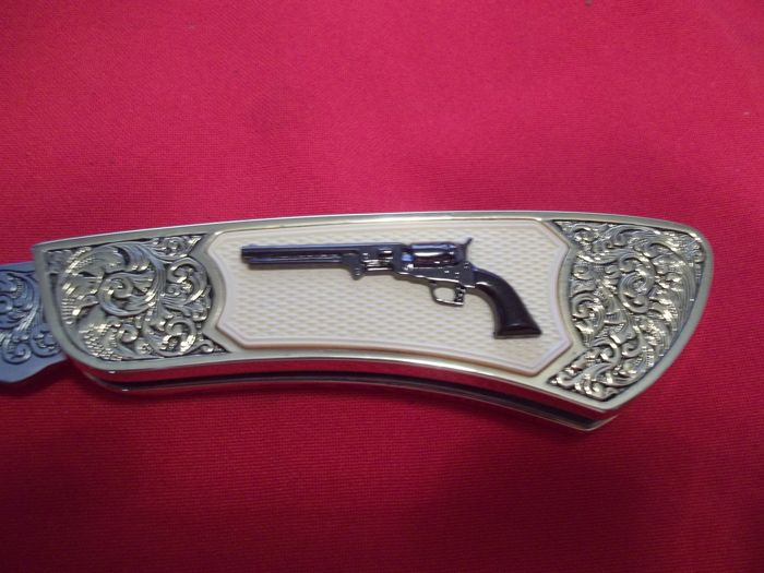 Franklin Mint Knife Collections