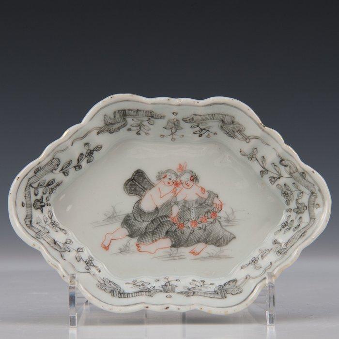 """Pattipan (1) - encre de Chine - Porcelain - after a print by Bernard Picart 1708 """"Les Pélerins de I'Isle de Cithère"""" - China - Qianlong (1736-1795) - Catawiki"""