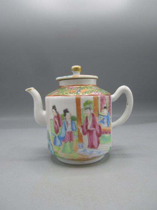 Teapot - Canton, Famille rose - Porcelain - China - 19th century - Catawiki