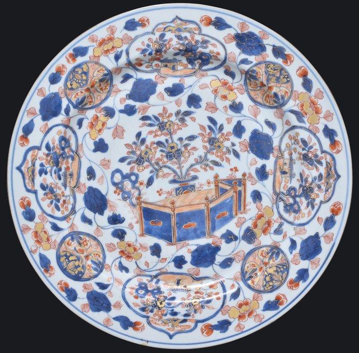 AN IMARI CHARGER 39.5 CM - Porcelain - China - Kangxi (1662-1722) - Catawiki