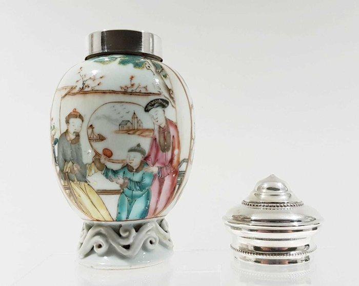 Tea caddy (1) - Famille rose - Porcelain - Silver Lidded Qianlong Tea Caddy - China - Qianlong (1736-1795) - Catawiki