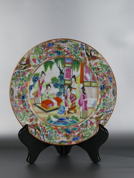 Plate - Canton, Famille rose - Porcelain - Fine decorated Mandarin Plate - China - 19th century - Catawiki