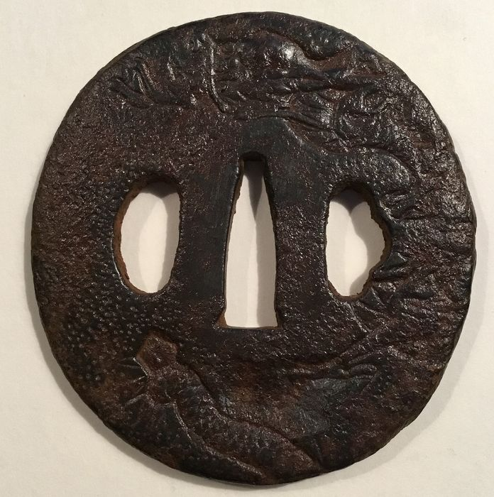 Tsuba - iron - Antieke ijzeren tsuba met afbeelding van een draak - Japan - ca 1800 (Meiji period) - Catawiki