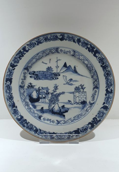 Plate (1) - Blue and white - Porcelain - landscape - China - Kangxi (1662-1722) / Yongzheng (1723-1735) - Catawiki