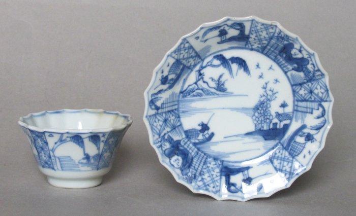 Tea cup, Tea tile (2) - Porcelain - China - 18th century