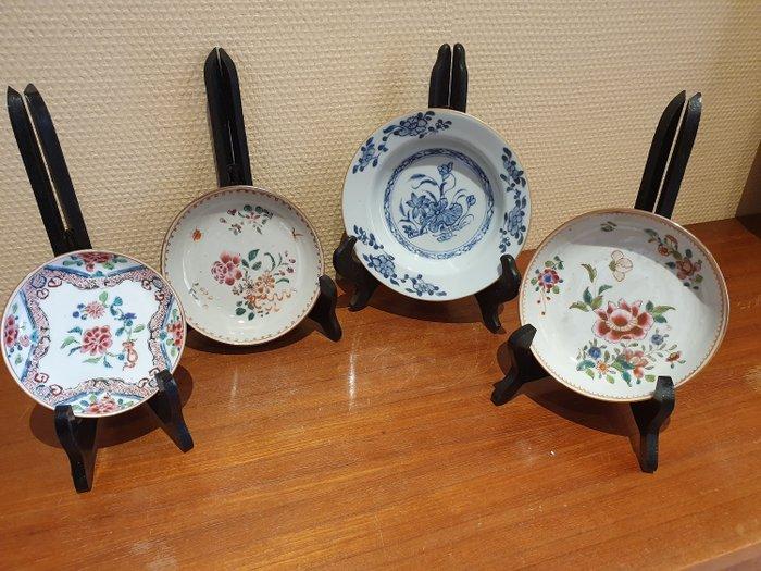 Plates (4) - Porcelain - Qianlong - China - 18th century