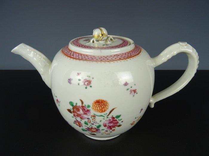 Teapot - Porcelain - China - 18th century