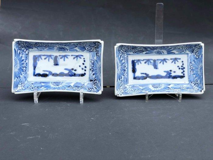 Dish (2) - Arita, Blue and white - Porcelain - Rectangular serving dishes - Japan - Late Edo period