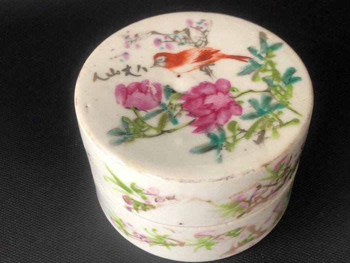 inkpad box - Porcelain - China - 19th century