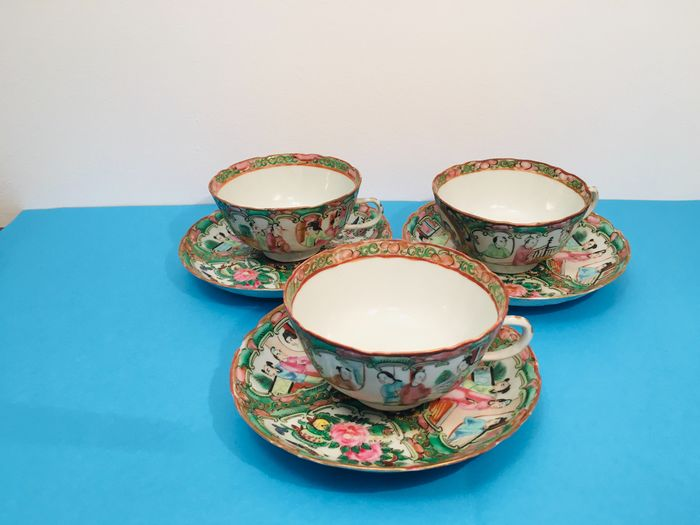Cups of tea with dishes (6) - Canton, Famille rose - Porcelain - China - 19th century