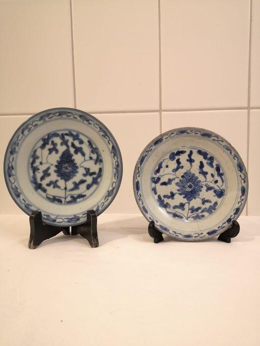 Plates (1) - Cobalt blue - Porcelain - China - 18th - 19th century