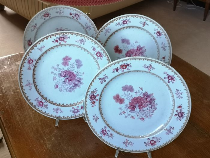 Chinese porcelain plates 18th century (4) - Porcelain - Flowers - China - 18th century