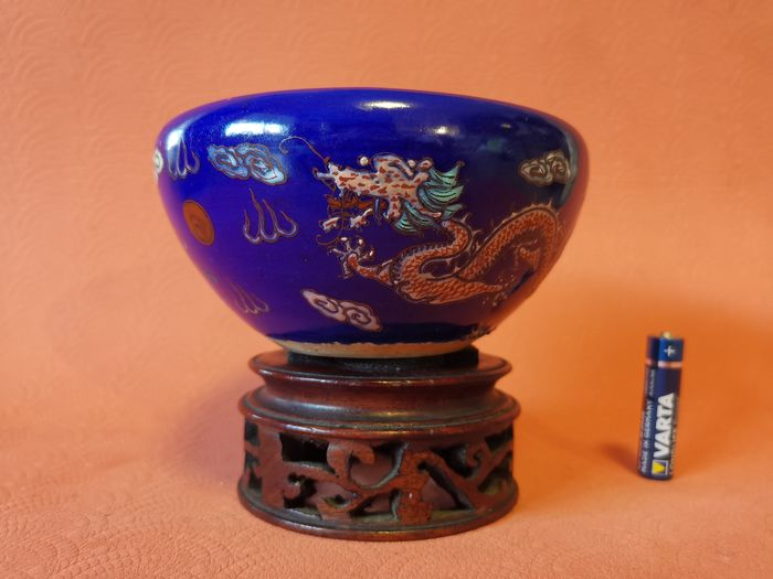 Stand, Incense burner (2) - Porcelain - Dragon - China - 19th century