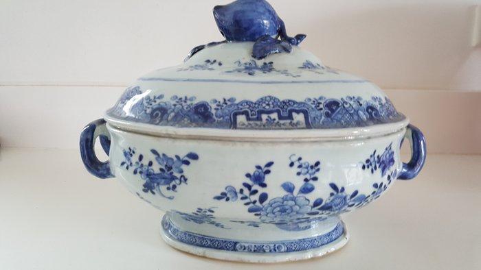 Jardinière - Porcelain - China - 18th century