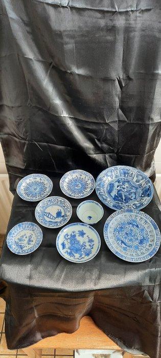 Saucers, rice bowl (9) - Blue and white - Porcelain - Fish, Flowers, Lotus flower, bridge, folks - China - Kangxi (1662-1722)
