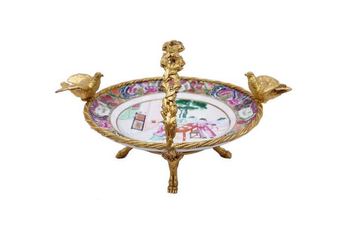 Mounted Dish - Canton - Porcelain, Chiseled gilt bronze - China - Daoguang (1821-1850)