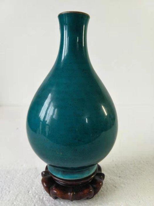 Vase - Blue-ground - Porcelain - China - Qing Dynasty (1644-1911)