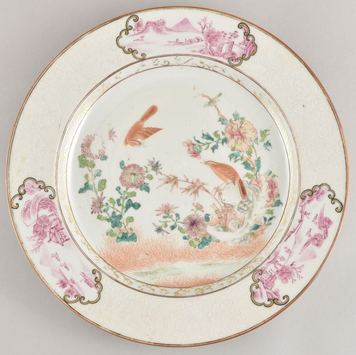 A VERY FINE CHINESE FAMILLE ROSE PLATE DECORATED WITH BIRDS - Porcelain - China - Yongzheng (1723-1735)