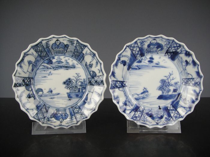 Saucers (2) - Blue and white - Porcelain - China - 18th century