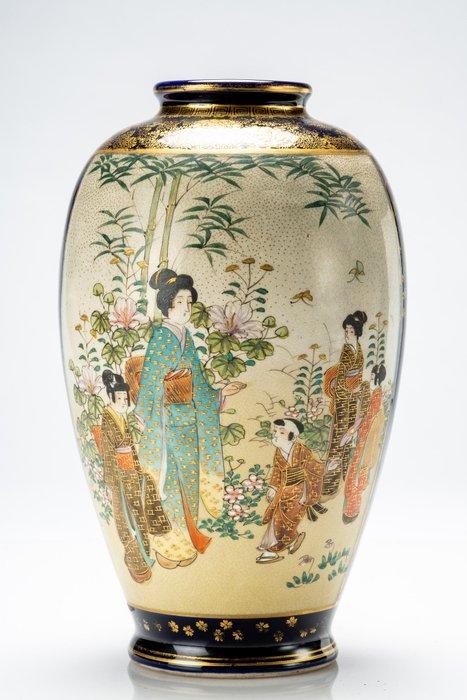 Vase - Satsuma - Ceramic, Gold - NO RESERVE PRICE - Scena di vita quotidiana - Firmato - Japan - Meiji period (1868-1912)